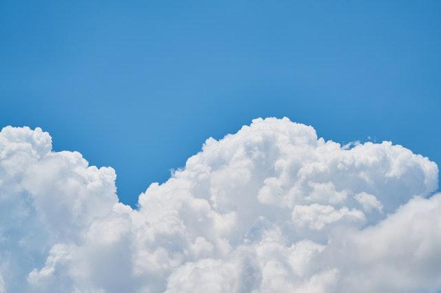 Cómo las empresas líderes están avanzando en su negocio con cloud computing